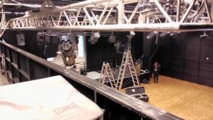 Blick vom Lichtpult auf die Bühne.